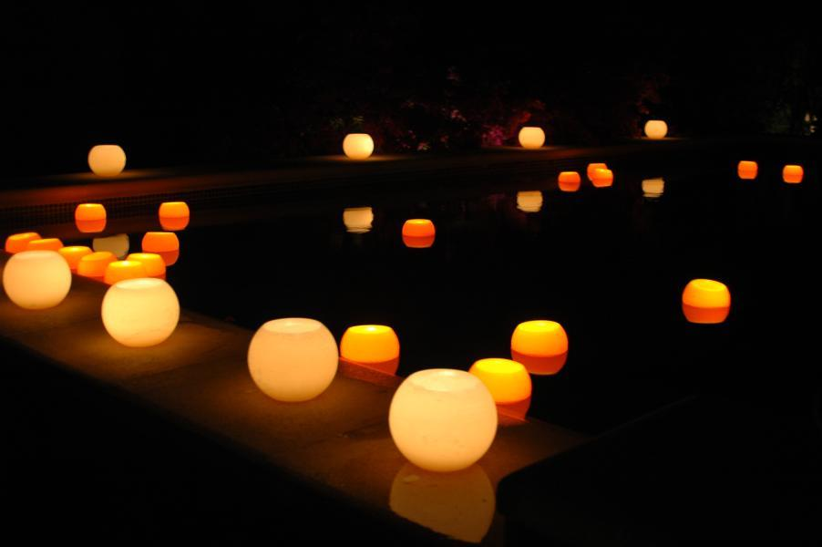 ceremony pool lanterns