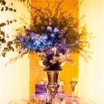 table piece branches flowers olives