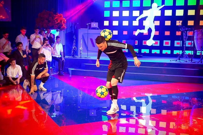 football duo colour